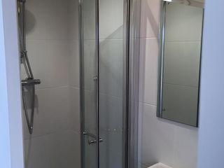 Micro Lodge - Truro 2015 Building With Frames Modern Bathroom Tiles