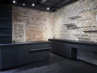 MELANIE LALLEMAND ARCHITECTURES Przestrzenie biurowe i magazynowe