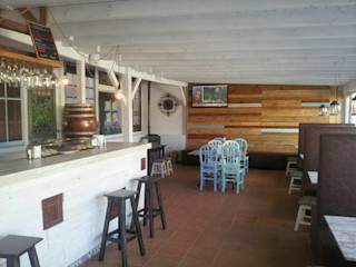 Restaurante La Ventana Carpinteria Eguren SL ComedorAccesorios y decoración