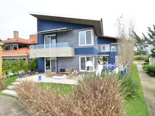 HECHER YLLANA ARQUITETOS Moderne Häuser