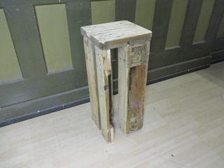 Sitzmöbel Woodupcycling WohnzimmerHocker und Stühle