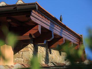 Studio Associato TOP (Tecnici Operatori Progettisti) - Bruschetini Architetti & Partners Country style house