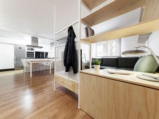 Nan Arquitectos Salle à manger minimaliste Bois Effet bois