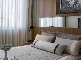 SESSO & DALANEZI Moderne Schlafzimmer Holz