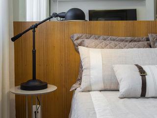 SESSO & DALANEZI Moderne Schlafzimmer