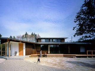 大森建築設計室 Eclectic style houses Wood Brown