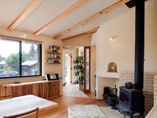 大森建築設計室 Eclectic style dining room Wood