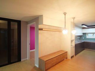 Light&Salt Design Soggiorno moderno