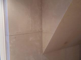 Betonoptik ,Fugenlose Wände Ulrich holz -Baddesign Moderne Esszimmer Beton Grau
