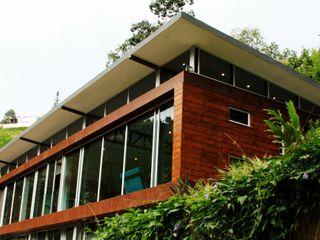 Artek sas Modern houses Wood Wood effect