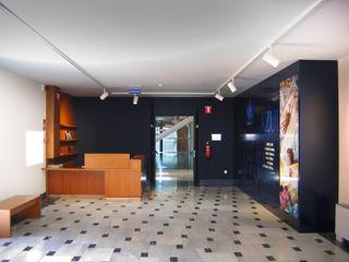CPETC Corridor, hallway & stairsAccessories & decoration
