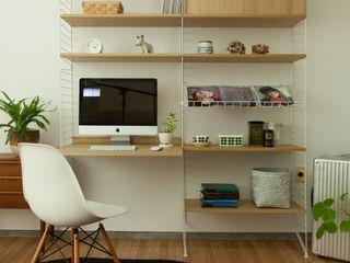 グリニッチ Living roomShelves