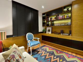 Stúdio Márcio Verza Study/office Wood Black