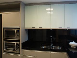 Stúdio Márcio Verza Kitchen Granite Grey