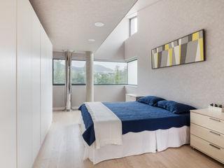 aandd architecture and design lab. Modern Bedroom