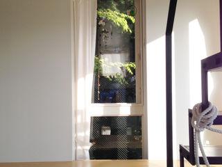 株式会社TERRAデザイン Eclectic style windows & doors Glass White