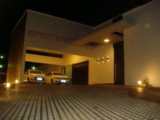 JERAU Projetos Sustentáveis Casas de estilo moderno Blanco