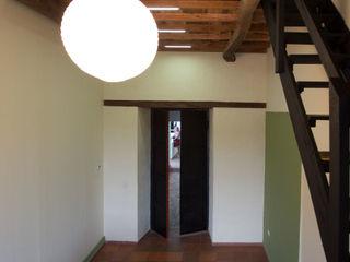 Remodelacíon Oficina con Altillo SDHR Arquitectura Oficinas y Tiendas Madera Negro