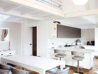 senzanumerocivico Modern Kitchen