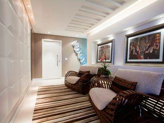 LimaRamos & Arquitetos Associados 現代風玄關、走廊與階梯