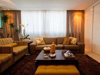 LimaRamos & Arquitetos Associados 现代客厅設計點子、靈感 & 圖片