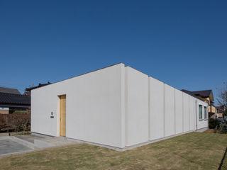 アトリエ24一級建築士事務所 Modern houses