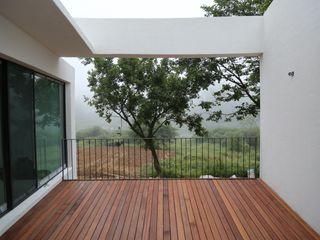 IEUNG Architect Modern Terrace