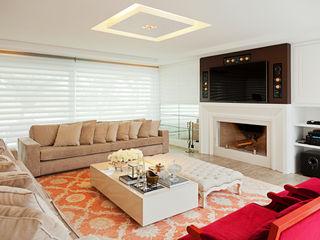 Joana & Manoela Arquitetura Modern Living Room