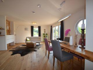 Skapetze Lichtmacher Eclectic style living room