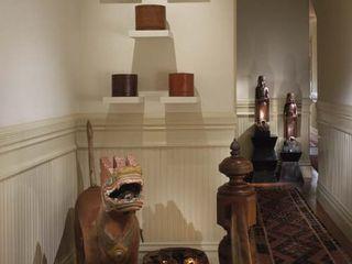 Antonio Martins Interior Design Inc 에클레틱 복도, 현관 & 계단