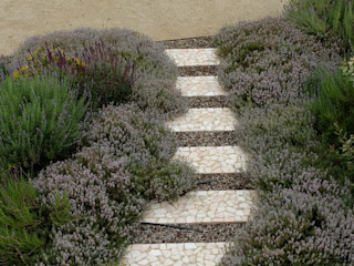 Jardim de gramíneas e aromáticas Atelier Jardins do Sul Jardins ecléticos