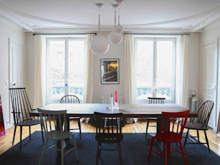 Appartement Paris STUDIO SANDRA HELLMANN Salle à mangerAccessoires & décorations Bois Multicolore