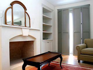 Casa Byrnes Aulet & Yaregui Arquitectos Livings modernos: Ideas, imágenes y decoración