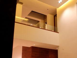 PRIVADA MIRAMAR GRUPO VOLTA Salones modernos