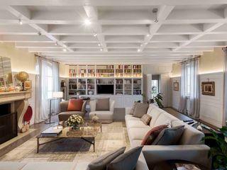 Studio Maggiore Architettura Classic style living room