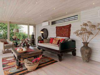 Studio Maggiore Architettura Colonial style living room