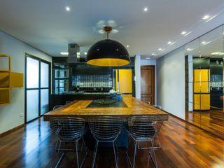 MC3 Arquitetura . Paisagismo . Interiores Modern dining room
