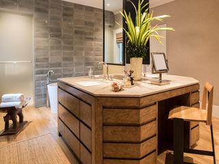 Antonio Martins Interior Design Inc 모던스타일 욕실