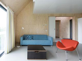 Kwint architecten Soggiorno minimalista
