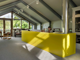 Kwint architecten Studio in stile rurale