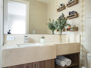 Stefani Arquitetura BathroomMedicine cabinets MDF Wood effect
