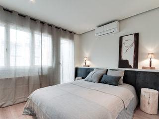 Lara Pujol | Interiorismo & Proyectos de diseño Mediterranean style bedroom