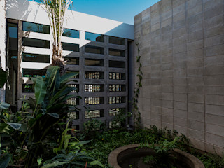 Taller Estilo Arquitectura Сад в стиле модерн