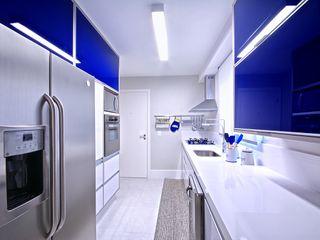 Veridiana França Arquitetura de Interiores Modern Kitchen