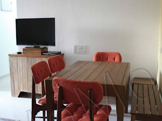 Studio MoMo Modern Dining Room