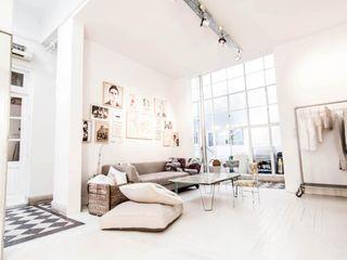 Ornatto Salas de estilo moderno