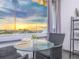 Apartamento con encanto Espacios y Luz Fotografía Balcones y terrazas de estilo ecléctico