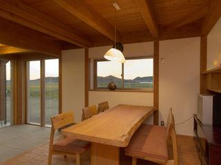 AMI ENVIRONMENT DESIGN/アミ環境デザイン Sala da pranzo in stile asiatico