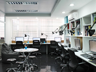 Sede 5D Proyectos 5D Proyectos Salas de entretenimiento de estilo moderno