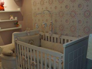 Complementto D Modern nursery/kids room
